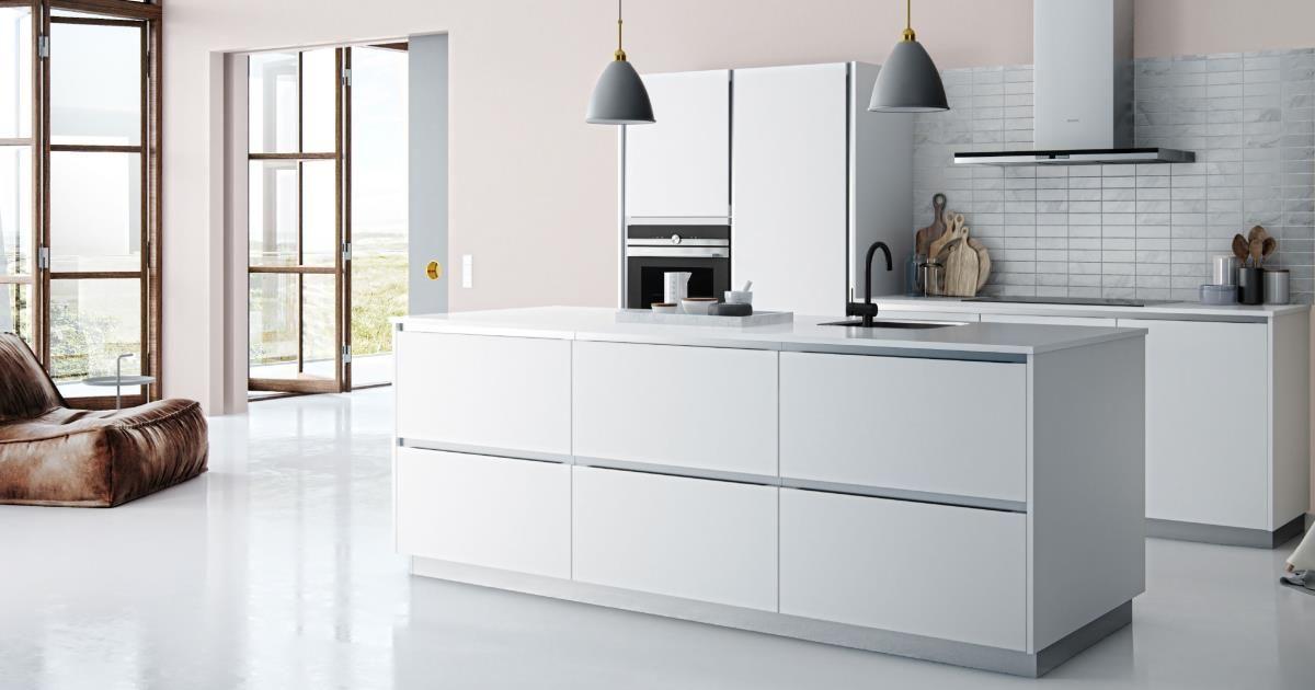 Witte Laminaat Keuken : Met witte profielen en een werkblad van wit laminaat kun je een