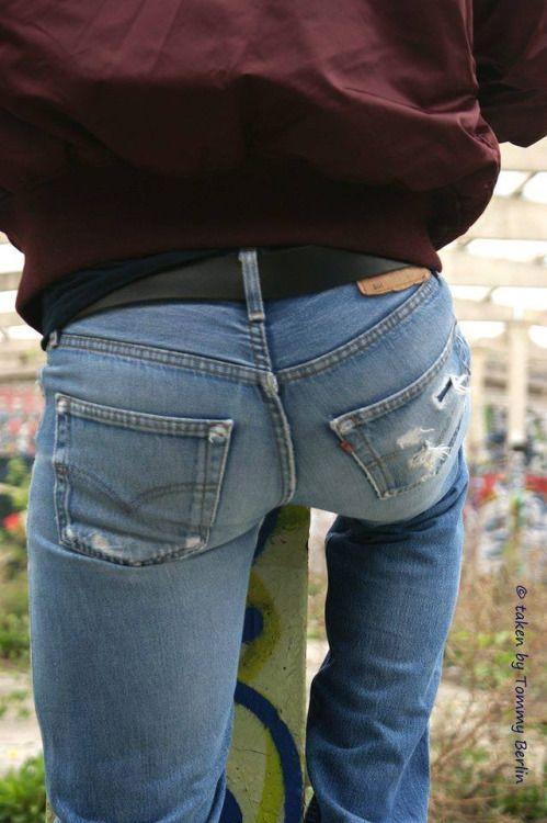 Résultats de recherche d'images pour «jeans butt man»