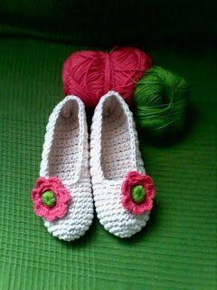 GEMITA CROCHET : Una de zapatillas para corretear por casa, salir d...