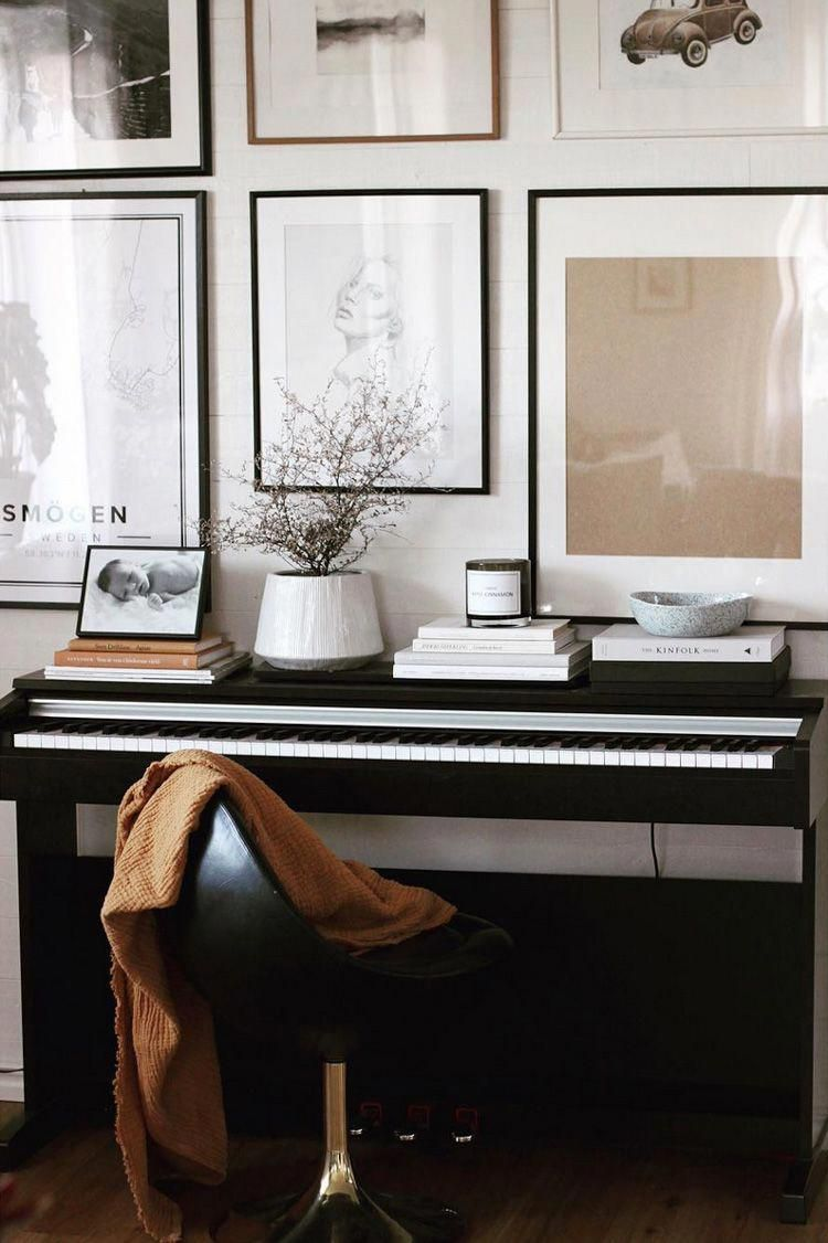 Piano Keyboard And Gallery Wall In A Cosy Home In Smogen Sweden Livingroomhomedecor Home Music Rooms Piano Room Decor Piano Living Rooms