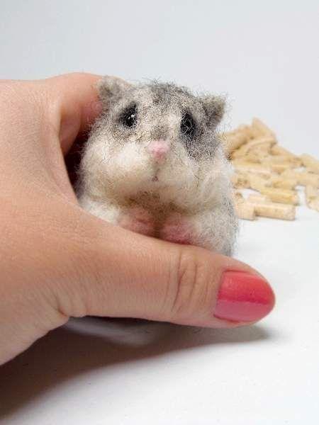 http://www.bearpile.com/item/104353 jungar hamster, needle felting