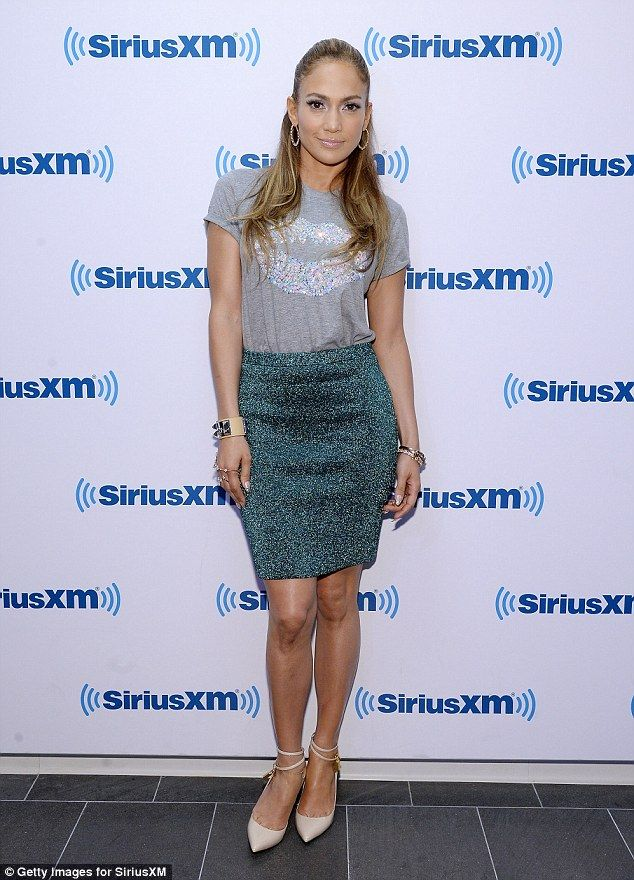 Jennifer Lopez Is Sss-exy in Head-to-Toe Blue Python