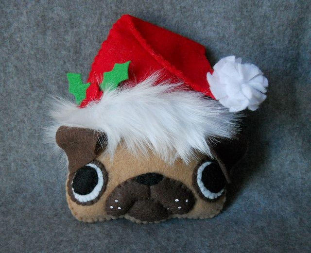 Christmas Pug Gift Tag or Tree Ornament Ideas with dogs