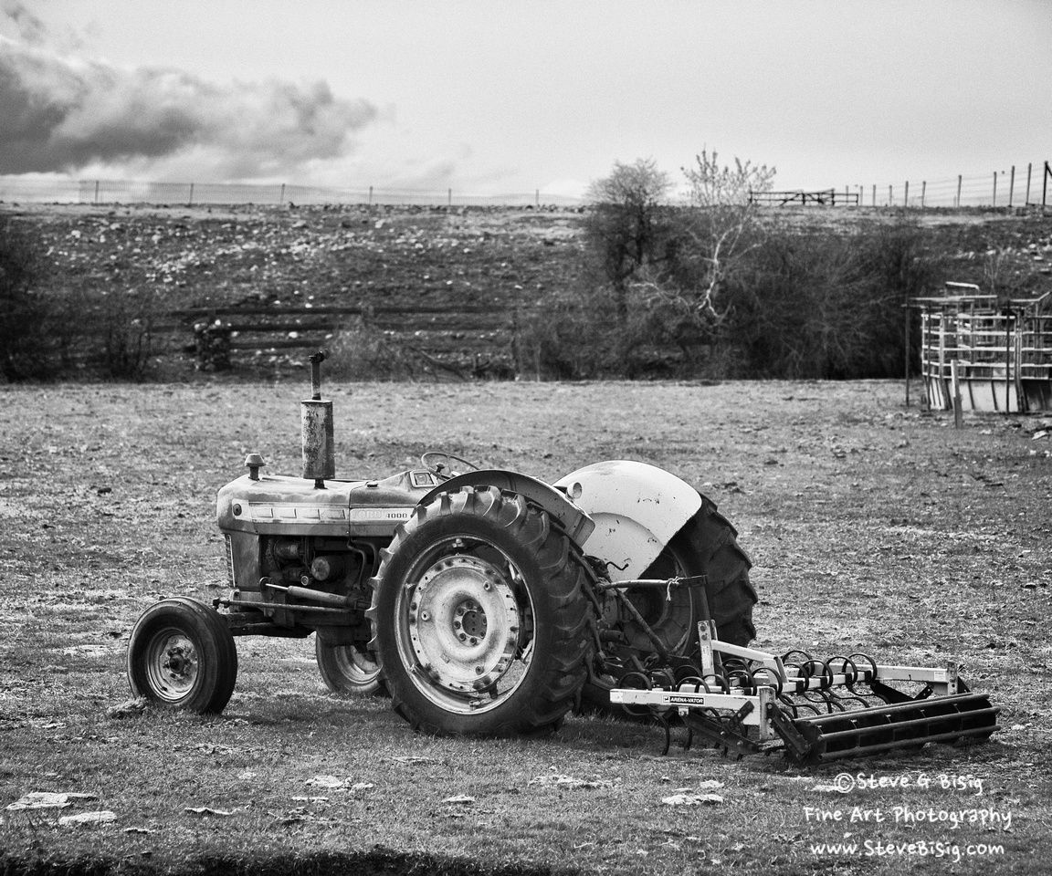 Photo: Ford 4000 Tractor #photography