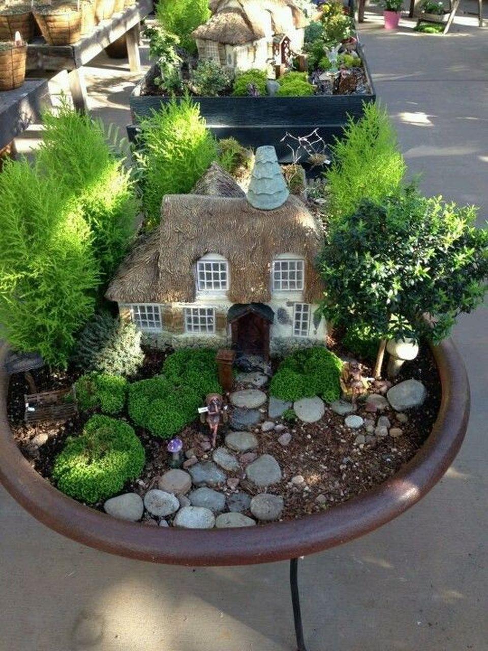 Amazing Diy Mini Fairy Garden For Miniature Landscaping 82 Sadovye Idei Miniatyurnyj Sad Sad V Gorshke