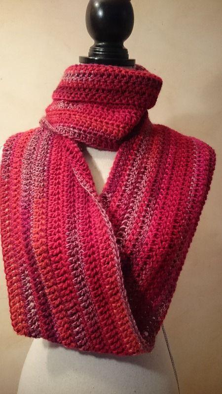 Col ou snood rouge au crochet : Echarpe, foulard, cravate par les-tresors-d-alice