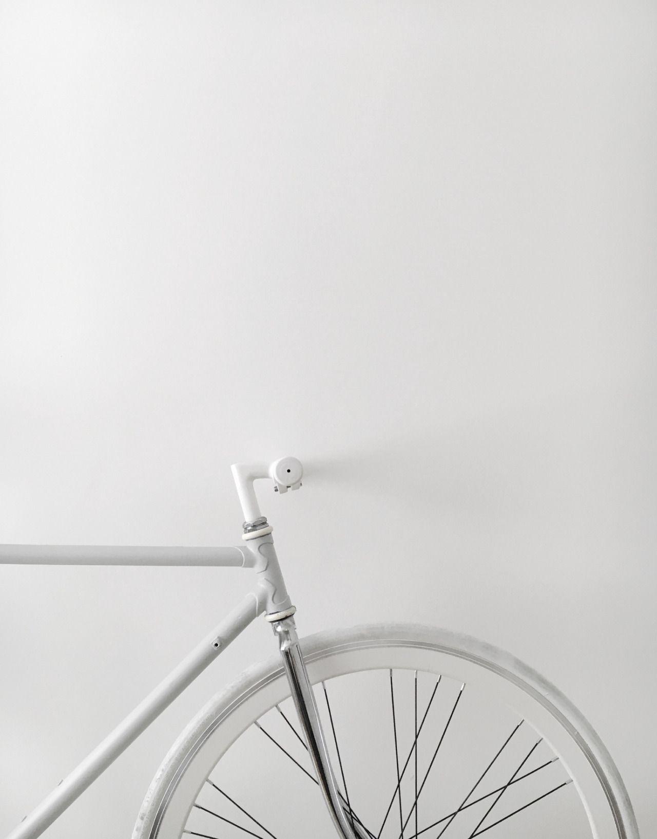 Crazy For White おしゃれまとめの人気アイデア Pinterest Goiruna おしゃれな壁紙背景 Pc 壁紙 かわいい 壁紙 白