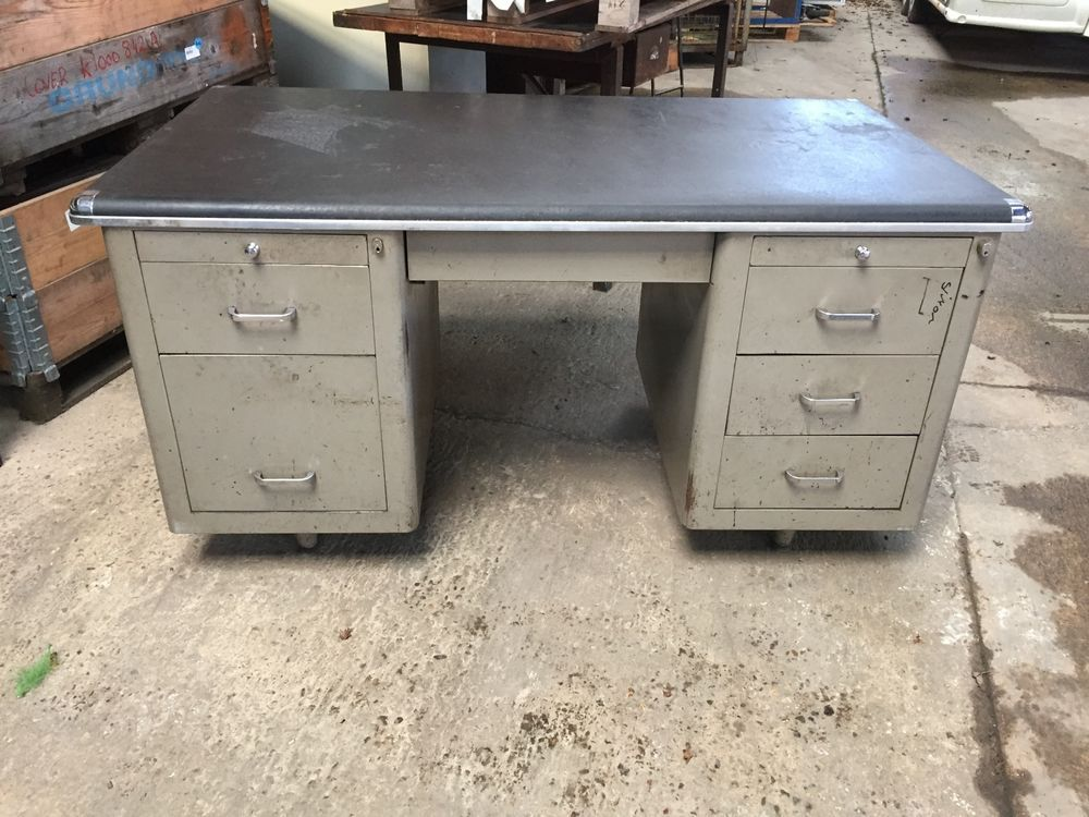 Older Style Retro Look Metal Desk With 6 Drawers No Key Ebay Metal Desks Desk Older Fashion