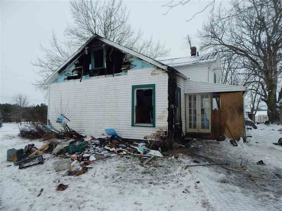 Heat Lamp In Dog House Starts Fire, Gutting A Portion Of A House, Displacing