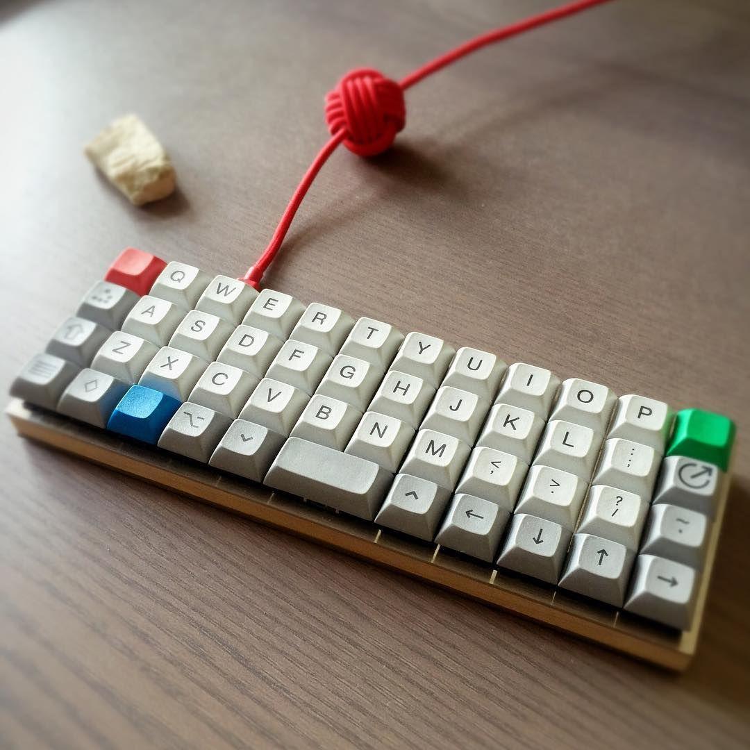 Planck keyboard from Patrick Welker on Pinterest