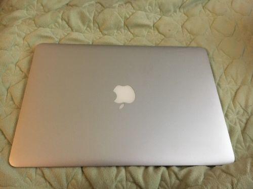 "Apple MacBook Air A1369 13.3"" Laptop - MC965LL/A (July 2011)"