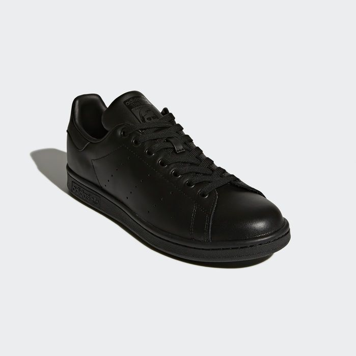 brand new 11ebd 0ef6e Stan Smith Shoes Black 4 Mens in 2019   Products   Stan ...