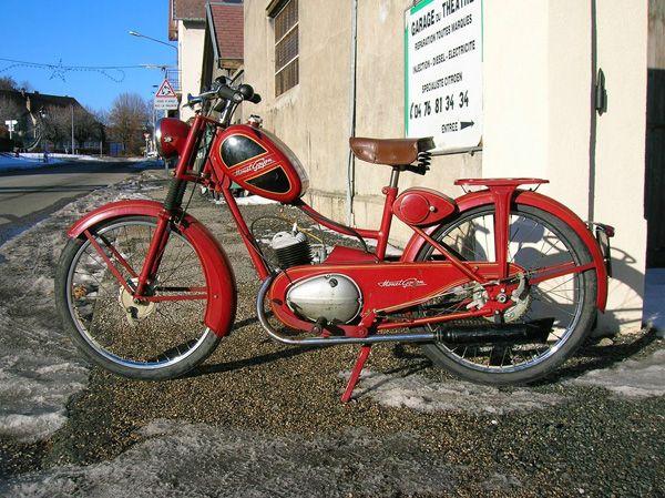 Lepaddocklaurentmonetgoyon Motos Anciennes Motos