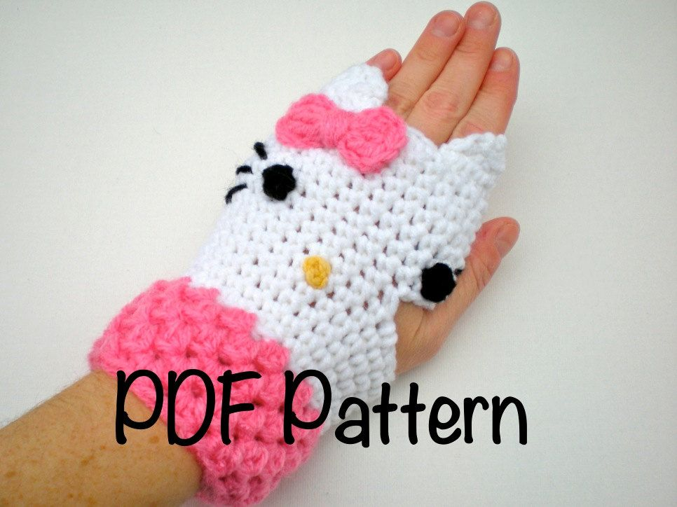 Hello Kitty fingerless mitts | hello kitty | Pinterest | Handschuh ...