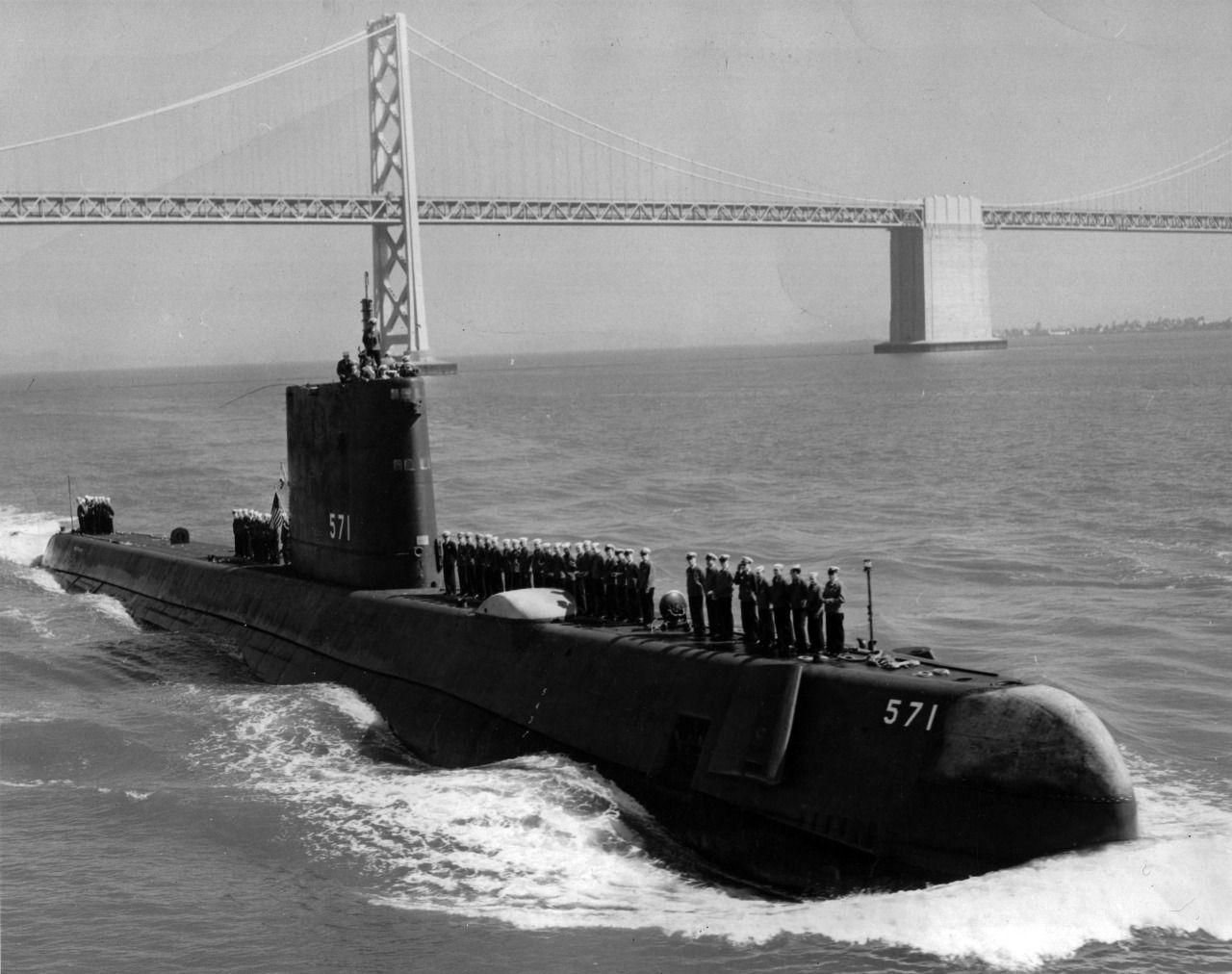 uss nautilus (ssn-571) in san francisco bay, 1958