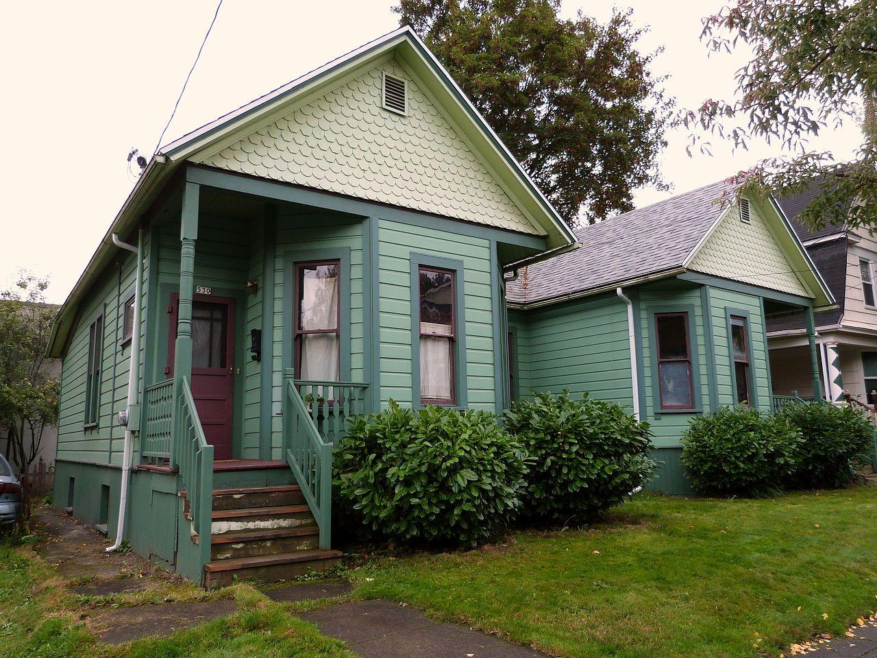 Simon Abraham Duplex In Northeast Portland Oregon Old Houses Northeast Portland Historic Homes