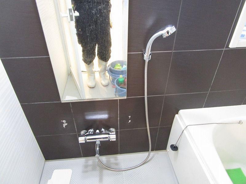 これが鏡の事故です 鏡 事故 掃除