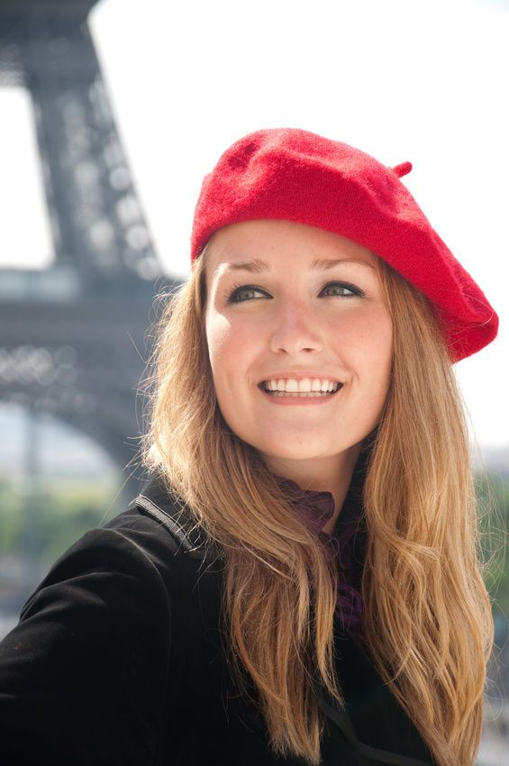 how to wear a french beret