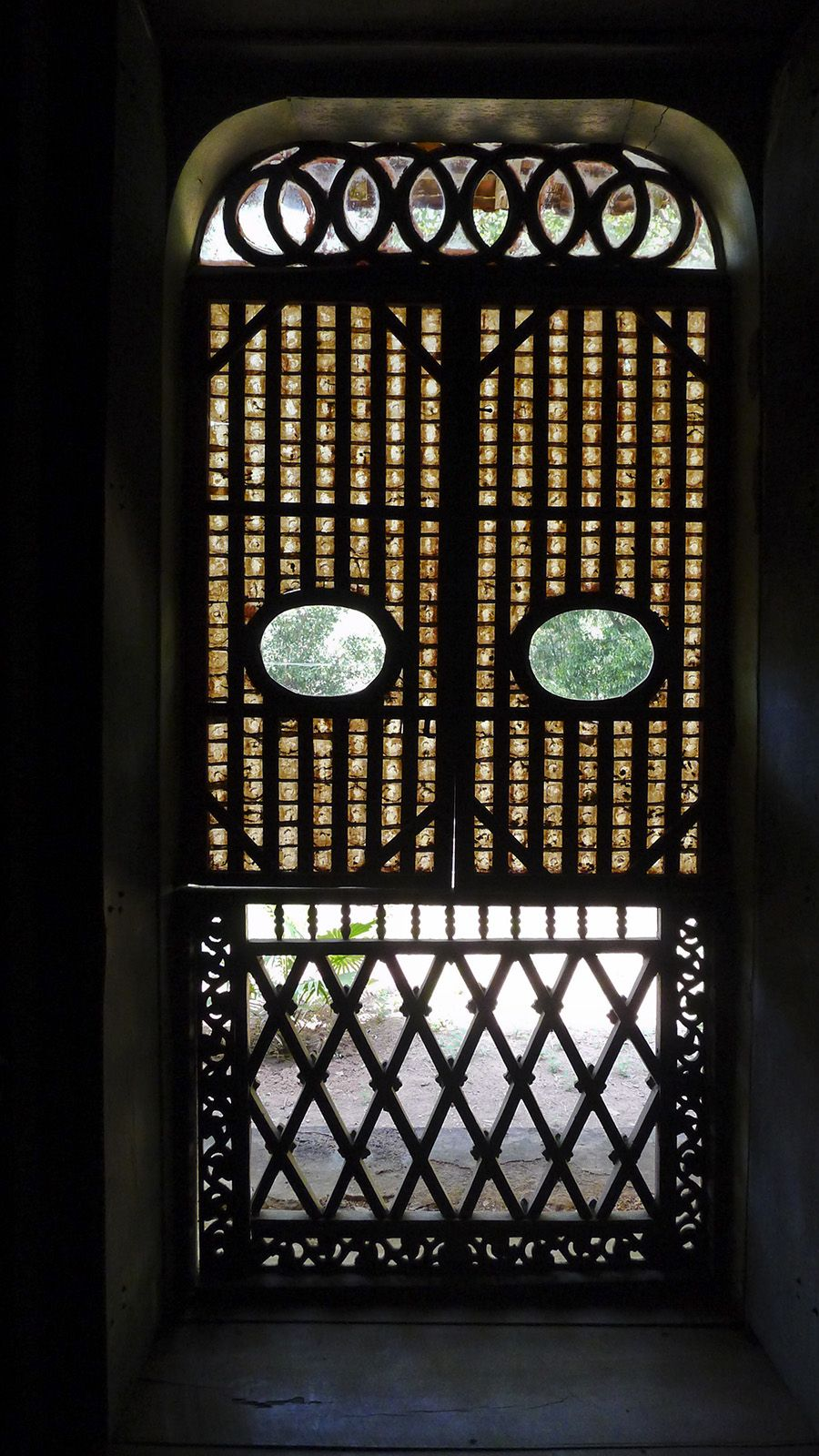 Mother of Pearl window, Goa, India Goa, Pearls