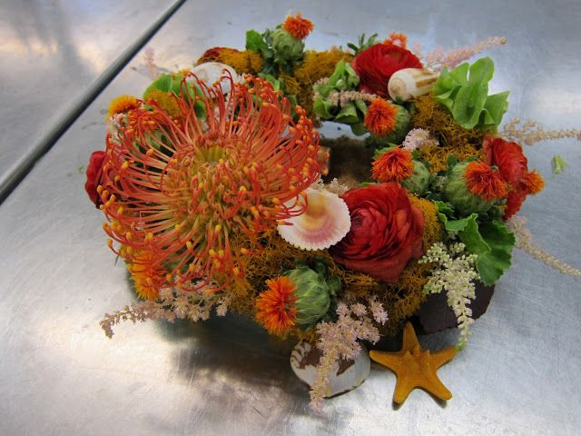 Saturday was the last day of my Floral Arrangement class at CCSF , and we had to present our final project: a table setting of our choice, r...