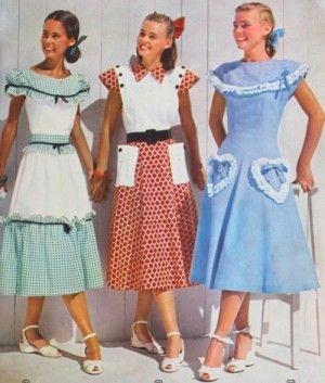 1940s Teenage Fashion Girls