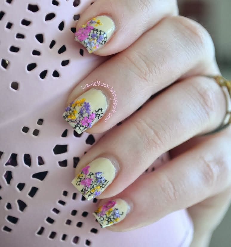 Lanie Buck: DIY Manicure- Spring Dried Flowers Manicure with Video ...