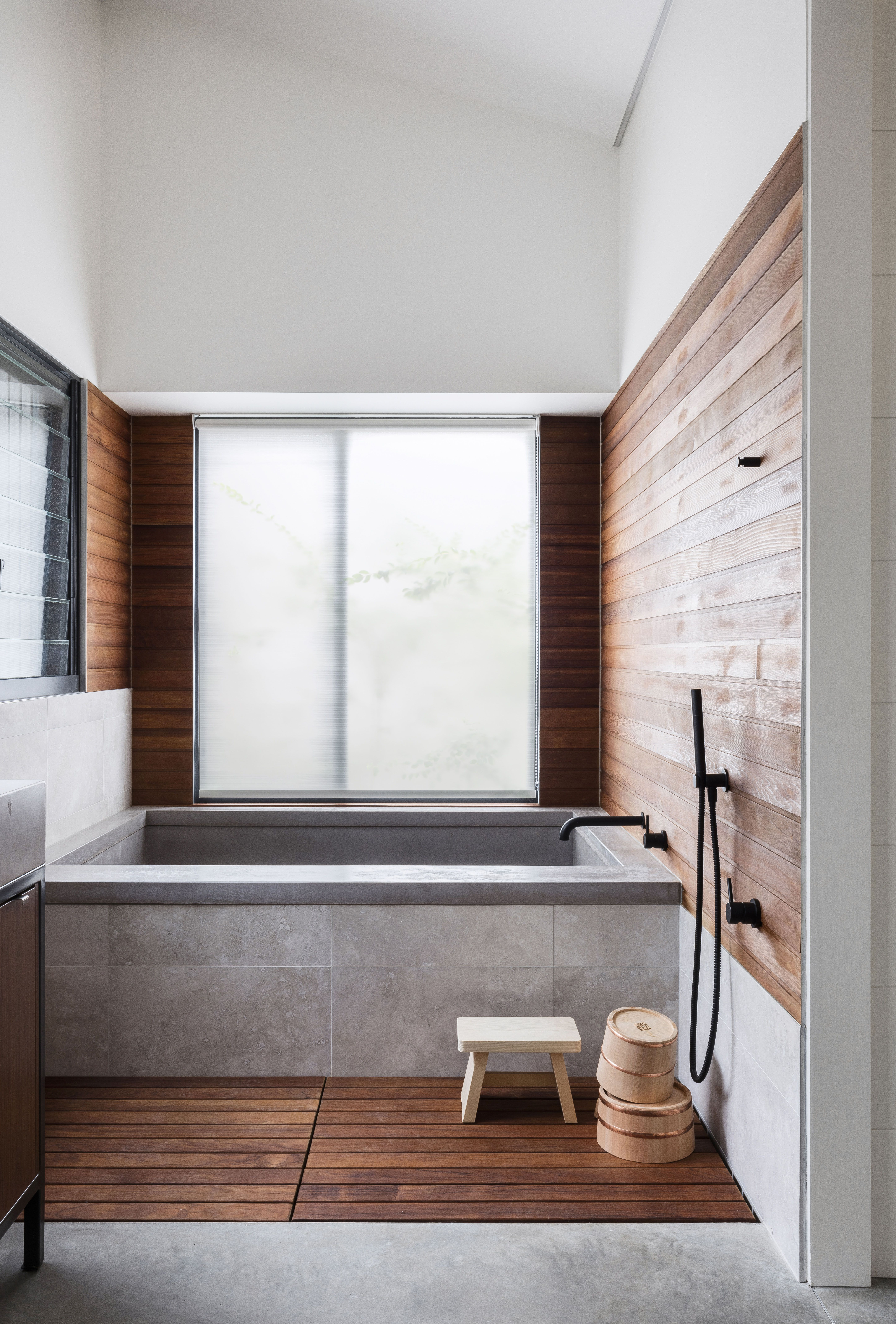 A Japanese-inspired bathroom in rural New South Wales | Bathrooms ...