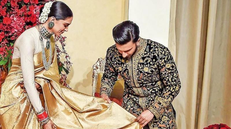 The Wedding Reception Of Deepika Padukone And Ranveer Singh At The Leela Palace Hotel Bangalore Celebrity Weddings Ranveer Singh Best Wedding Planner