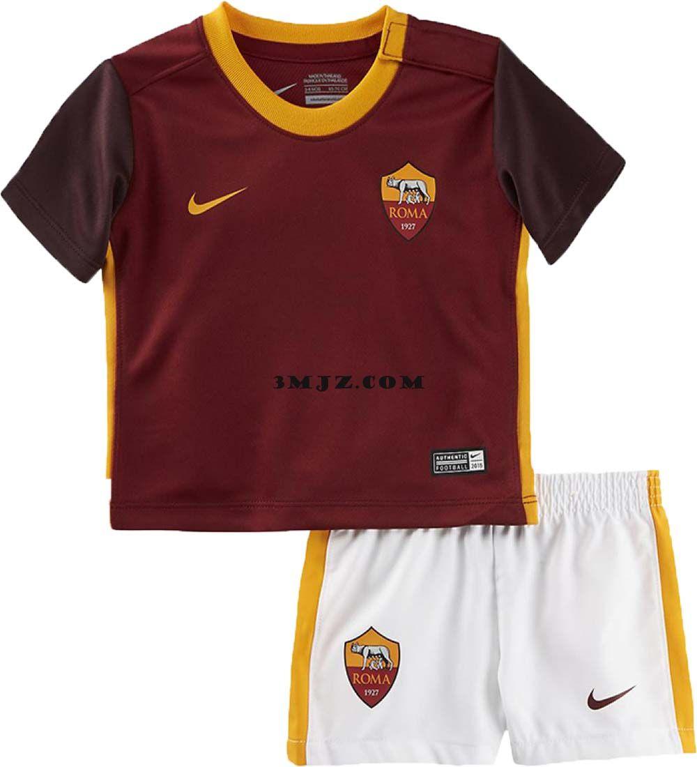 ensemble de foot ROMA nouveau