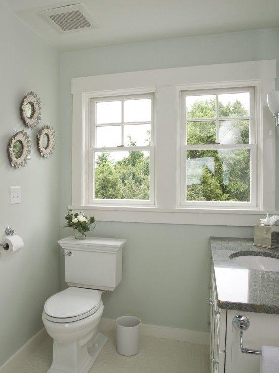 Love The Windows In This Small Bathroom Gotta Have The Natural Awesome Small Bathroom Window Decorating Design