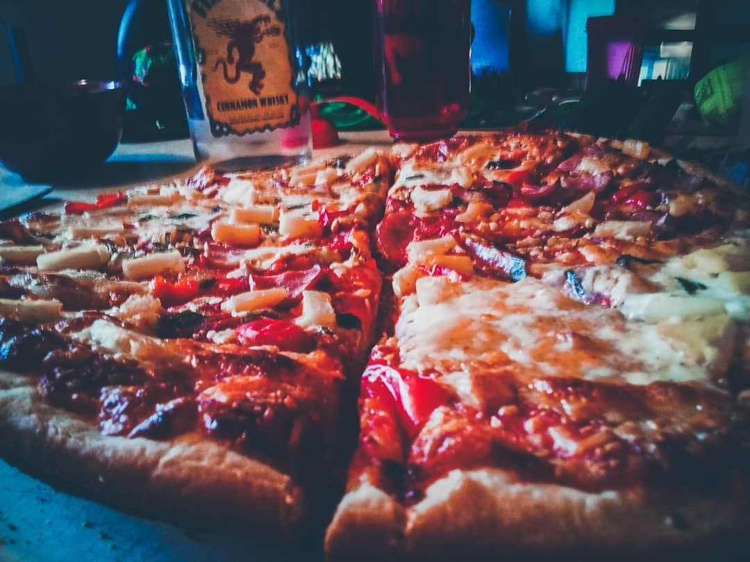 @fireballwhisky   and 🍕   #pizza     #foodporn     #food     #foodphotography     #foodie     #foods     #foody     #foodgasm     #healthyfood     #foodies     #foodstagram     #chef     #cheflife     #chefs