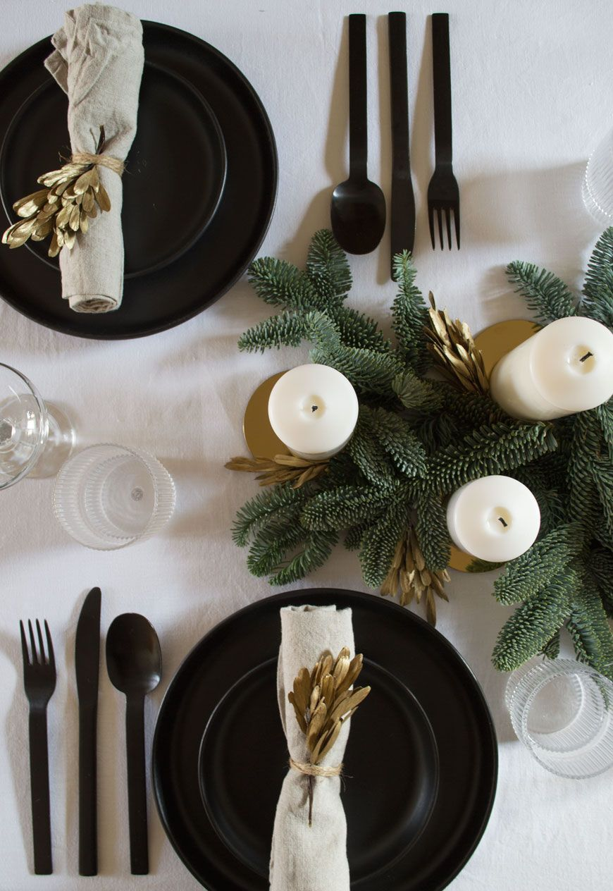 Simple Ideas For Natural Nordic Christmas Decorations Nordic Christmas Decorations Gold Christmas Decorations Christmas Table Decorations