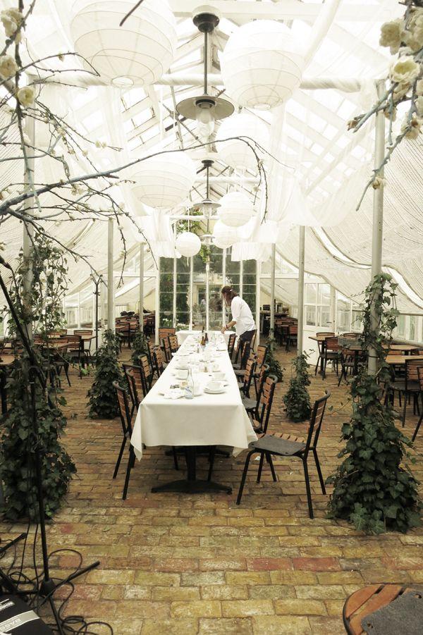 043a765ea416 Purple Area: Linneaträdgården   Parties   Lanai patio, Table ...