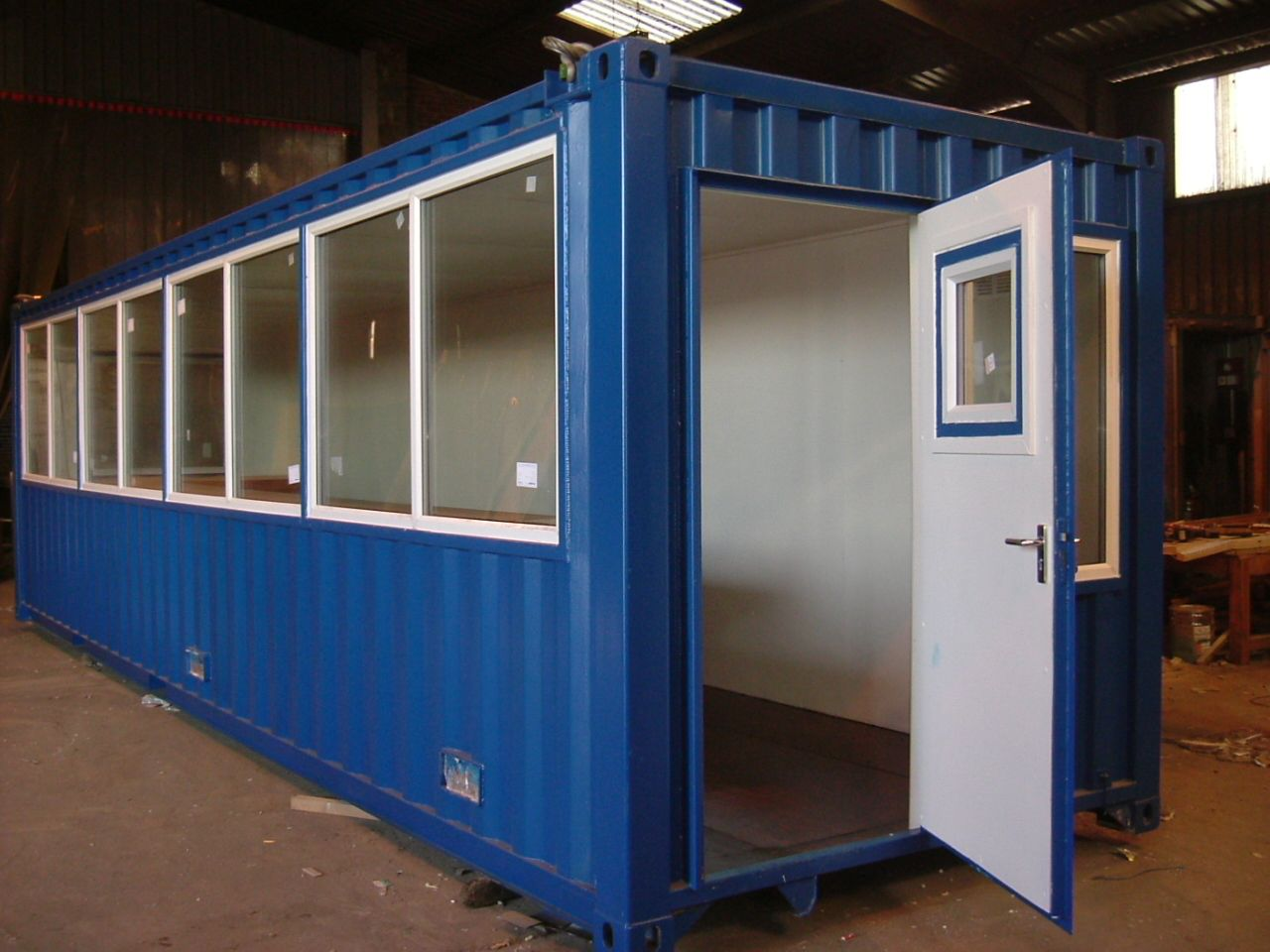 30ft x 8ft Offshore Control Room Shipping container
