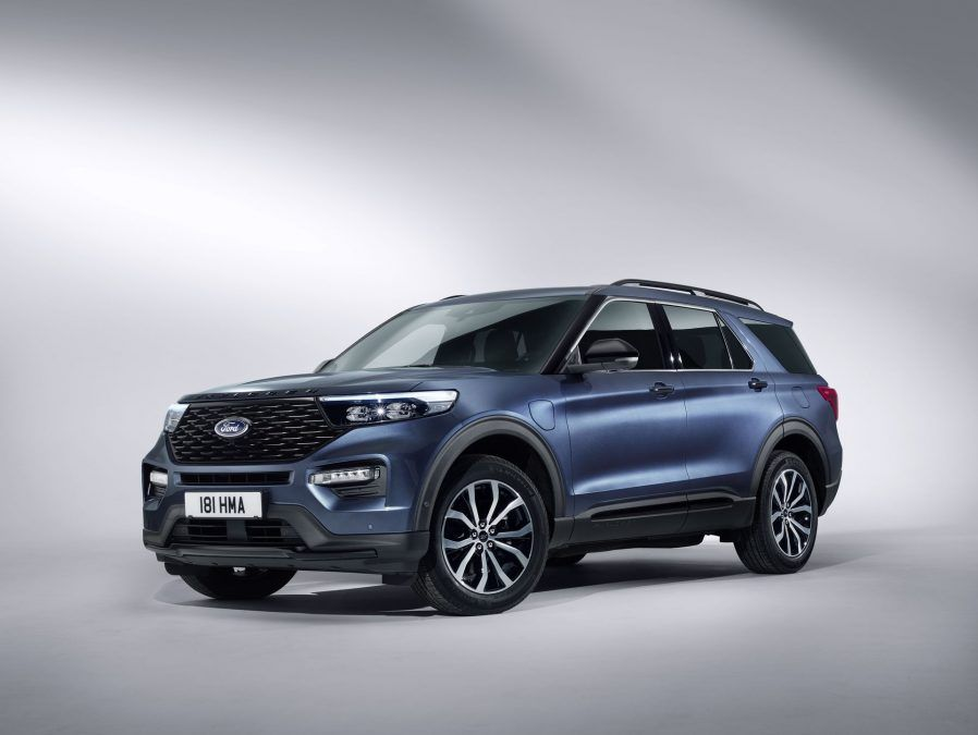 New Ford Explorer Plug In Hybrid Specs Images Videos It S Huge As Of European Standards But At Least It Will Cars Autos Aut New Ford Explorer Ford Explorer 2019 Ford Explorer