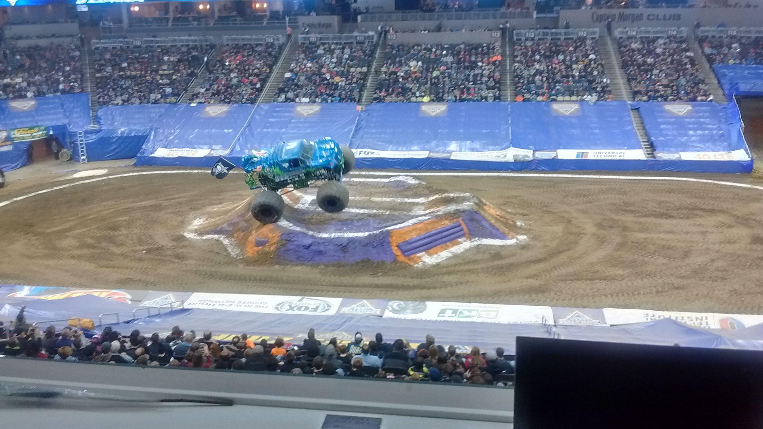 """Monster Truck """"Stinger"""""""