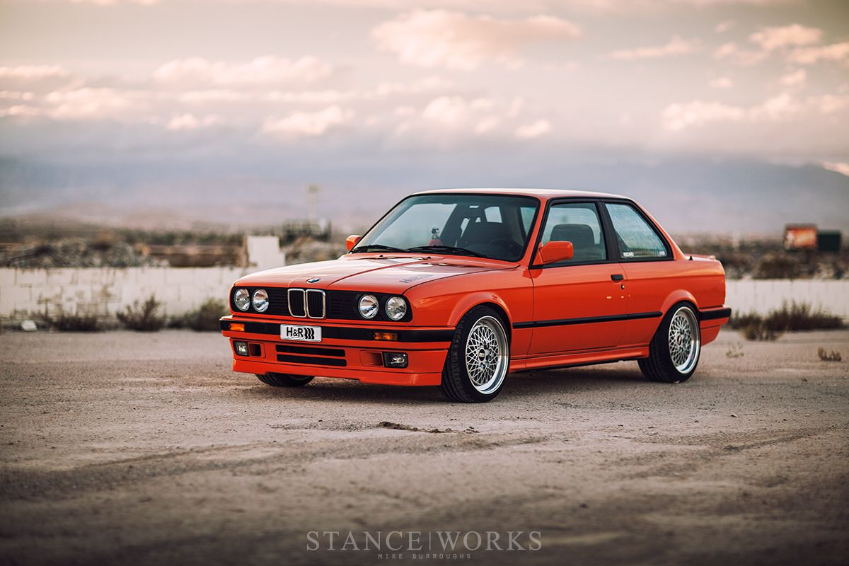 the h r fire orange bmw e30 318is restoration classic bmw bmw bmw e30 bmw e21. Black Bedroom Furniture Sets. Home Design Ideas