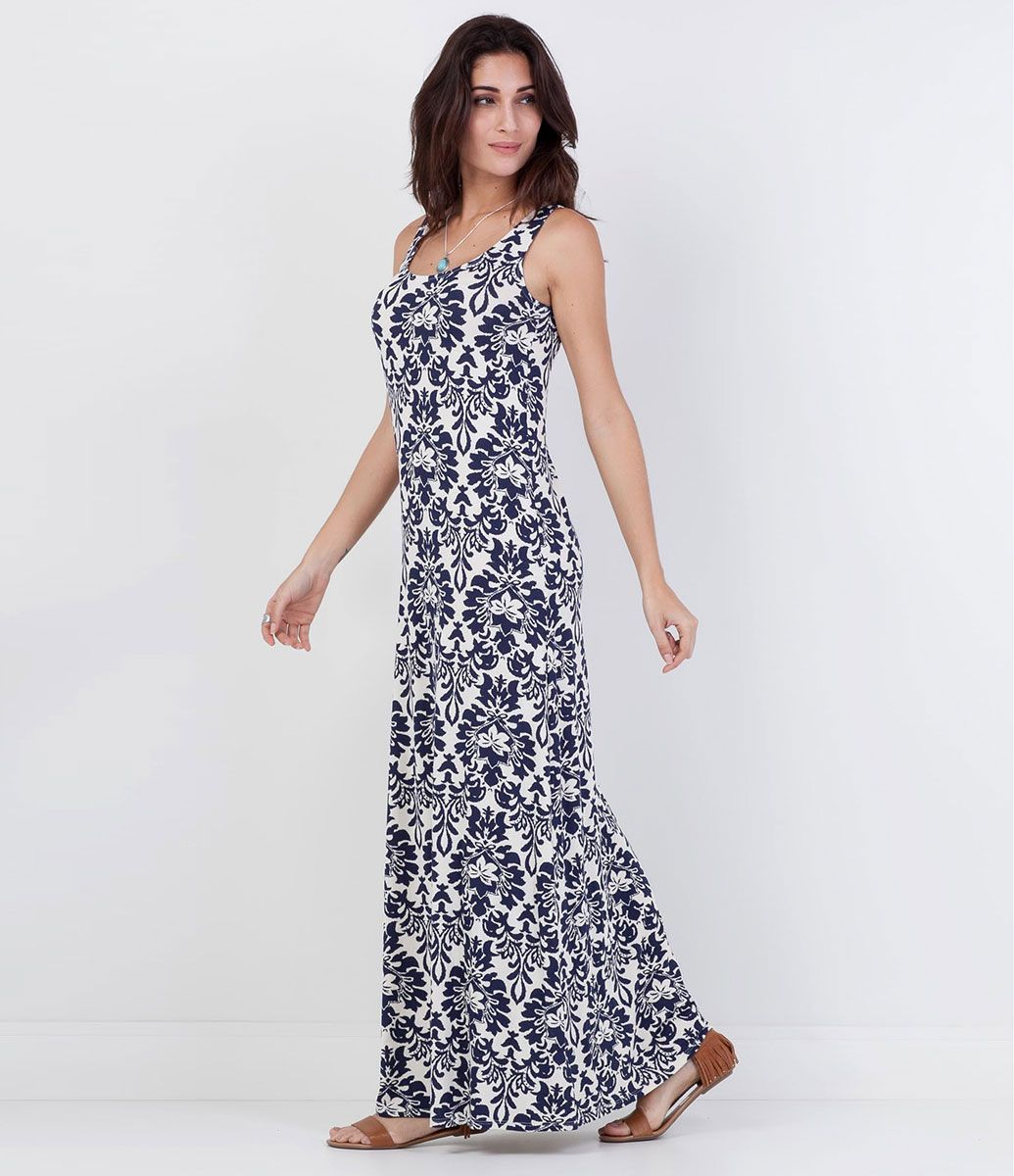 a62f0355b Vestido feminino Modelo longo Sem manga Estampado Marca: Marfinno Tecido:  malha Composição: 96% viscose e 4% elastano Modelo veste tamanho: P COLEÇÃO  VERÃO ...