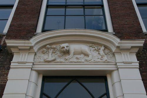 CK Beer boven de Deur, Haarlem.