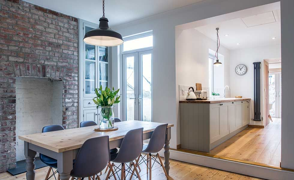 Clare And Dan Stewart Have Transformed Their Mid Terraced Home For Less Than 45k Tha Country House Interior Small House Remodel Open Plan Kitchen Living Room