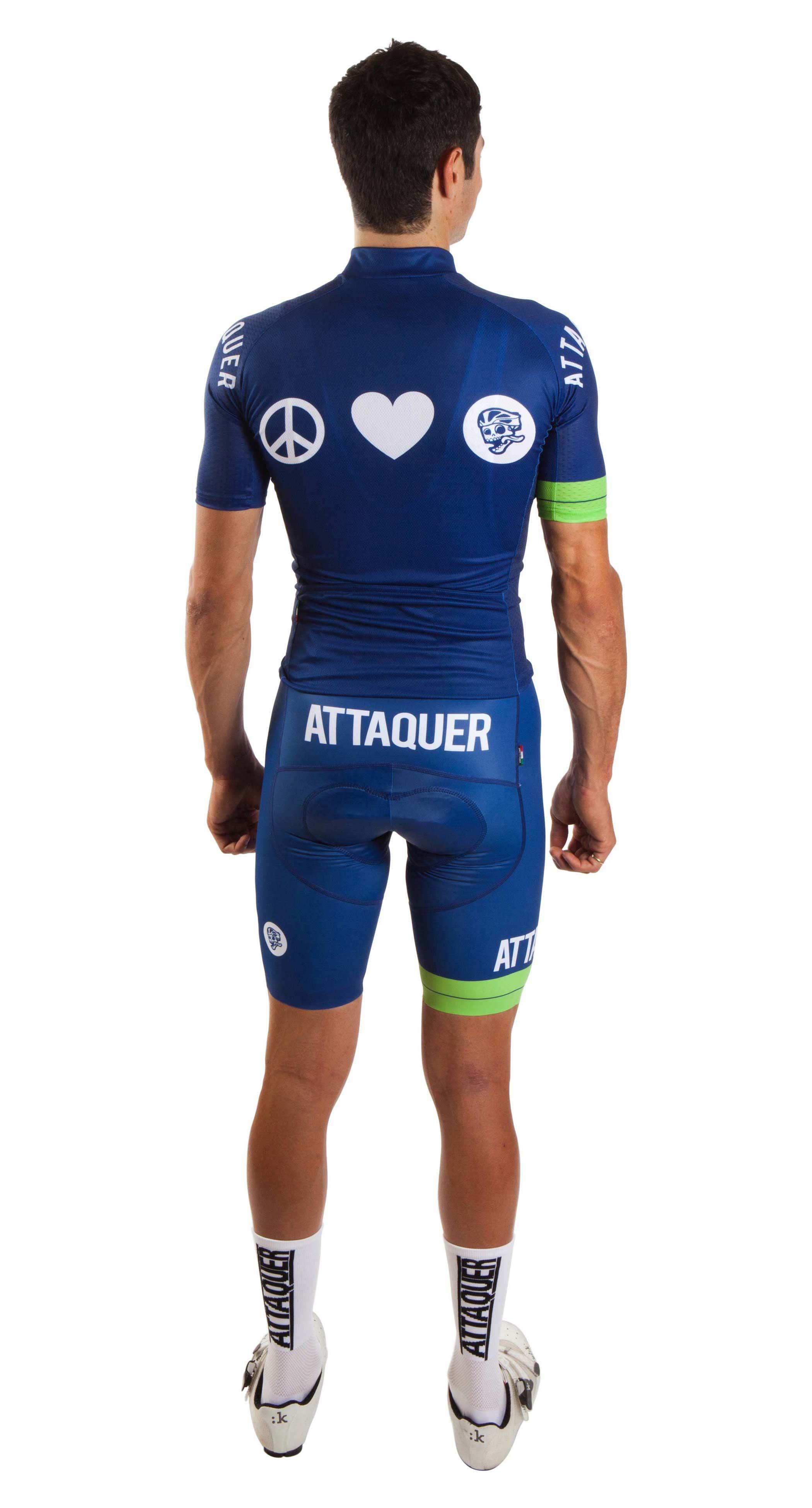 Peace Love Attaquer Back