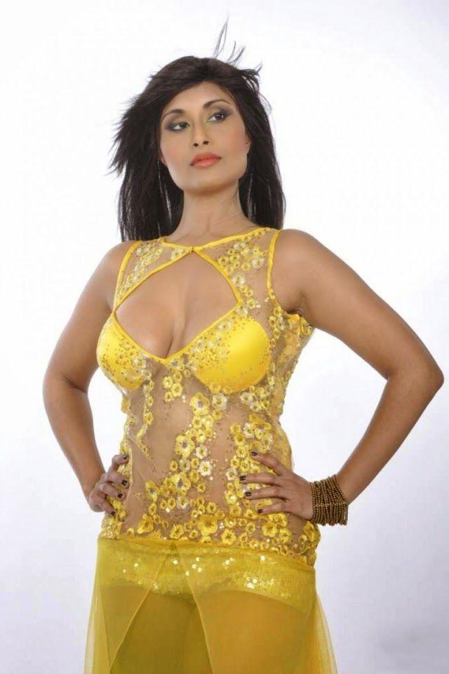 actress Mallu masala