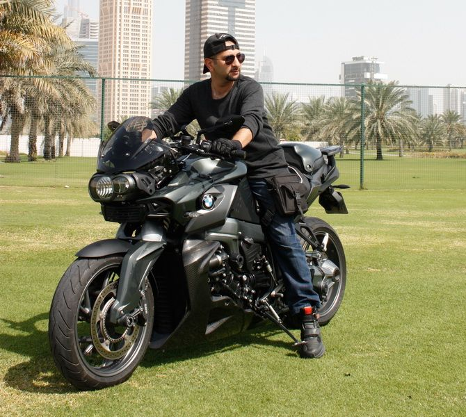 Bmw K1300r Moto Bmw Motorbikes Moto Bike Motorcycle