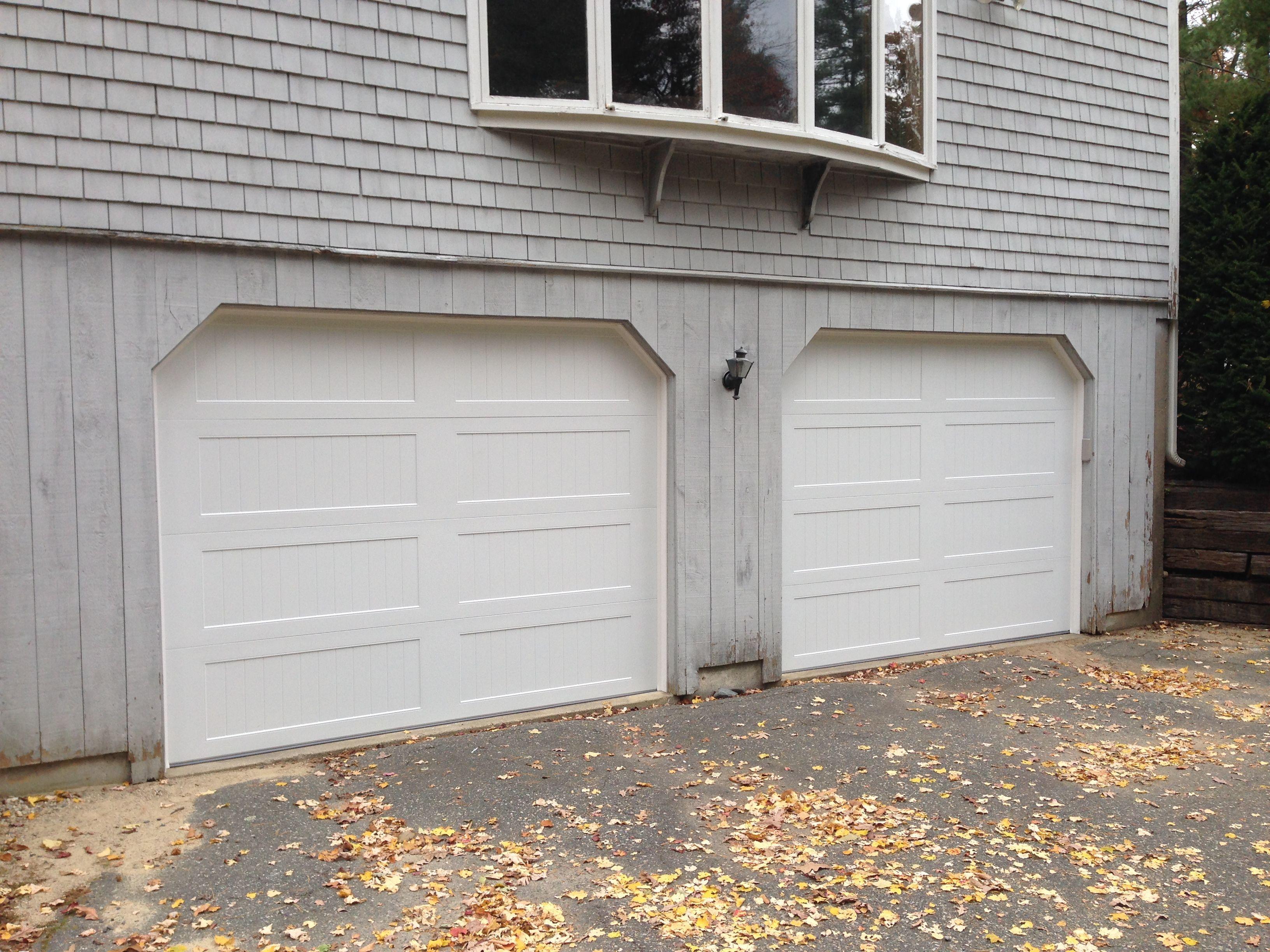 C H I Overhead Doors Model 5916 Long Panel Steel Carriage House Garage Doors In White In Garage Door House Carriage House Garage Carriage House Garage Doors