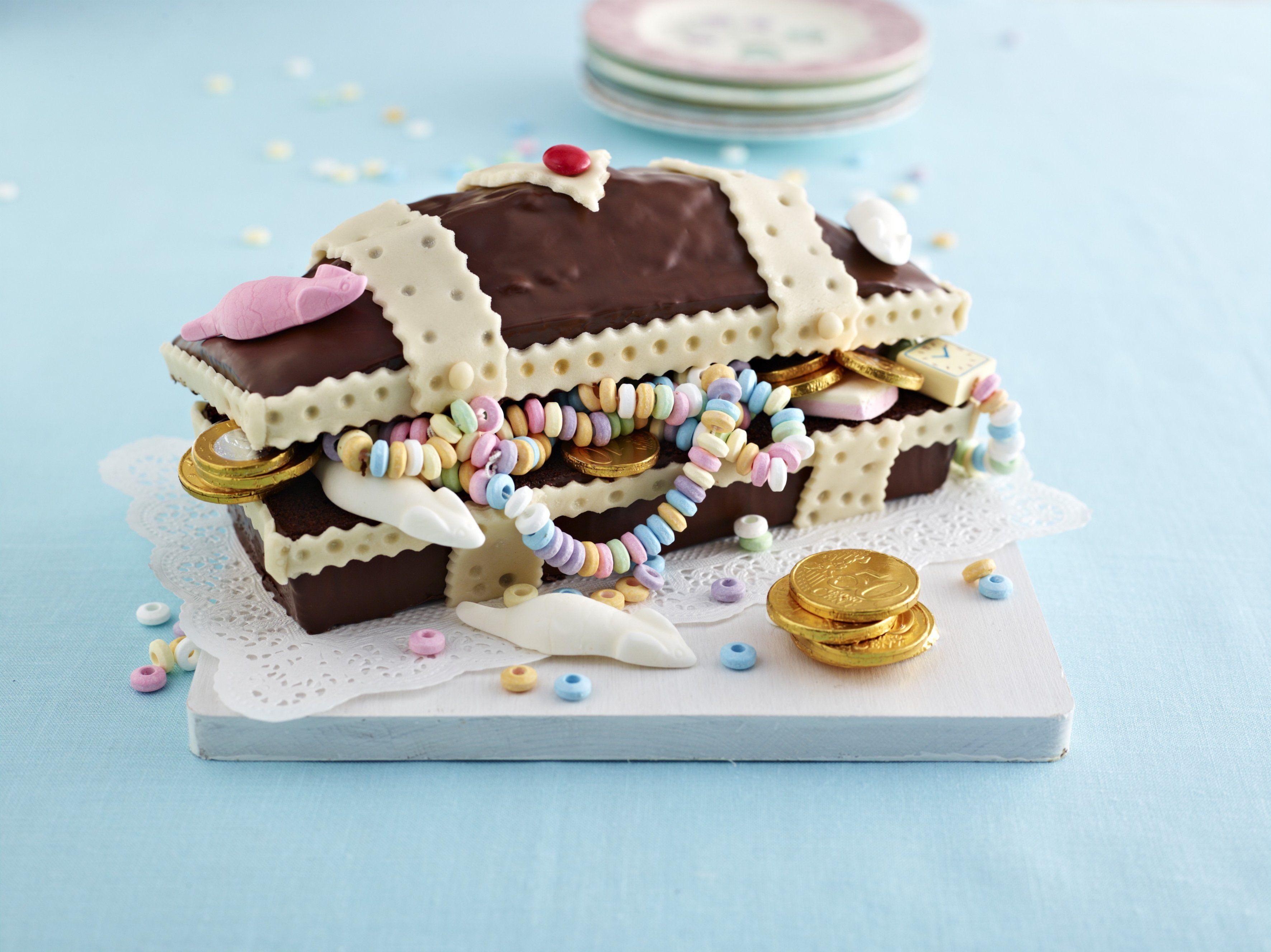 Schatztruhe kuchen torte