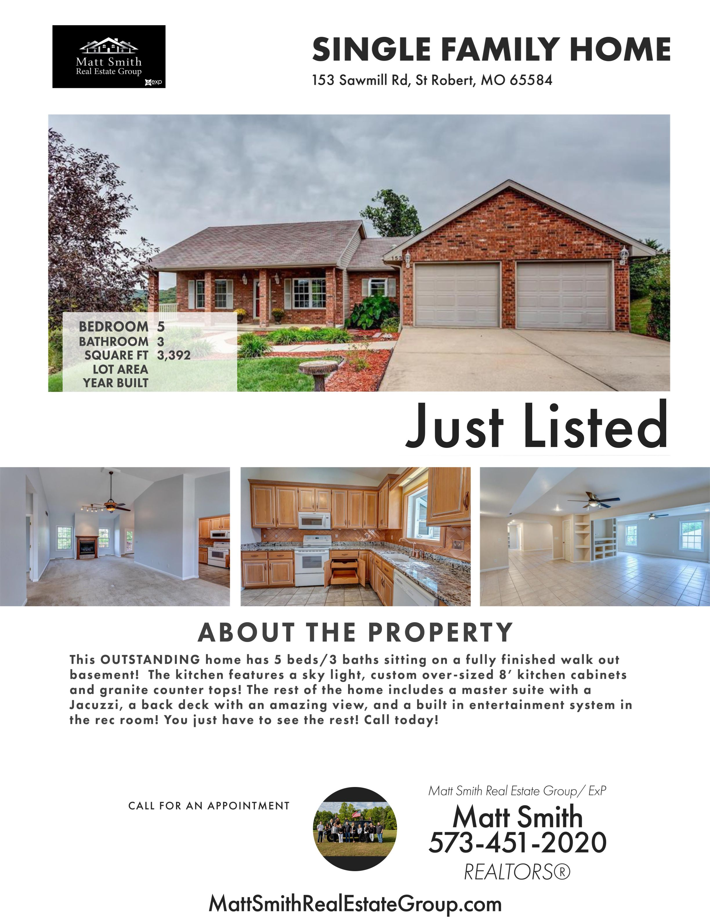 Outstanding New Listing 5 Beds 3 Baths Sitting On A Fully Finished Walkout Basement The Kitchen Features Custom House Styles Home Home And Family