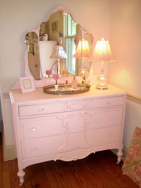 Pink Shabby Chic Dresser With Tiara Mirror This Is The Perfect Style And Color For One Of Our Spar Shabby Chic Dresser Shabby Chic Furniture Shabby Chic Decor