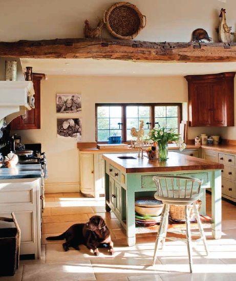 Una casa de campo de estilo ingl s kitchen cucine for Interni case inglesi
