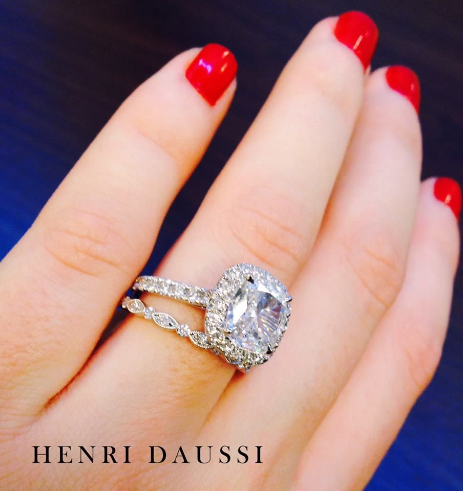 """We Love The Look Of A """"mismatched"""" Band. These Henri"""