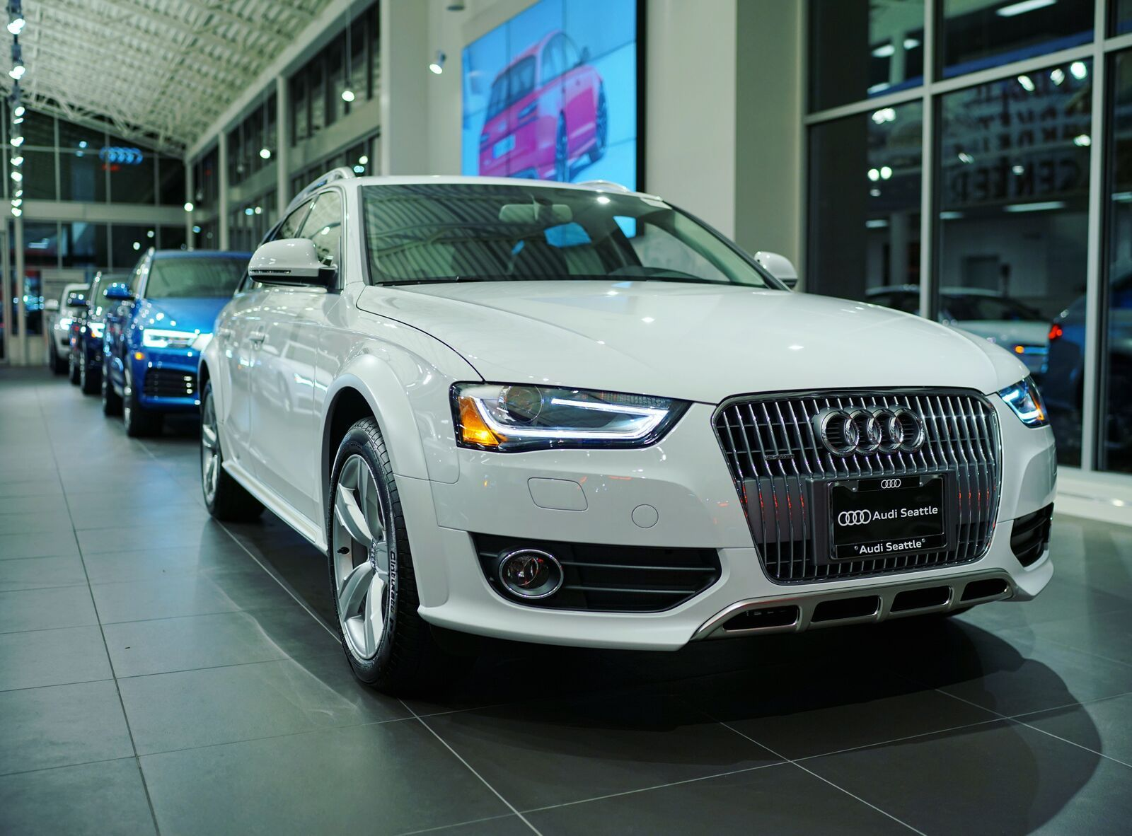 Glacier White Audi Allroad Audi Seattle U District Seattle - Audi dealership washington